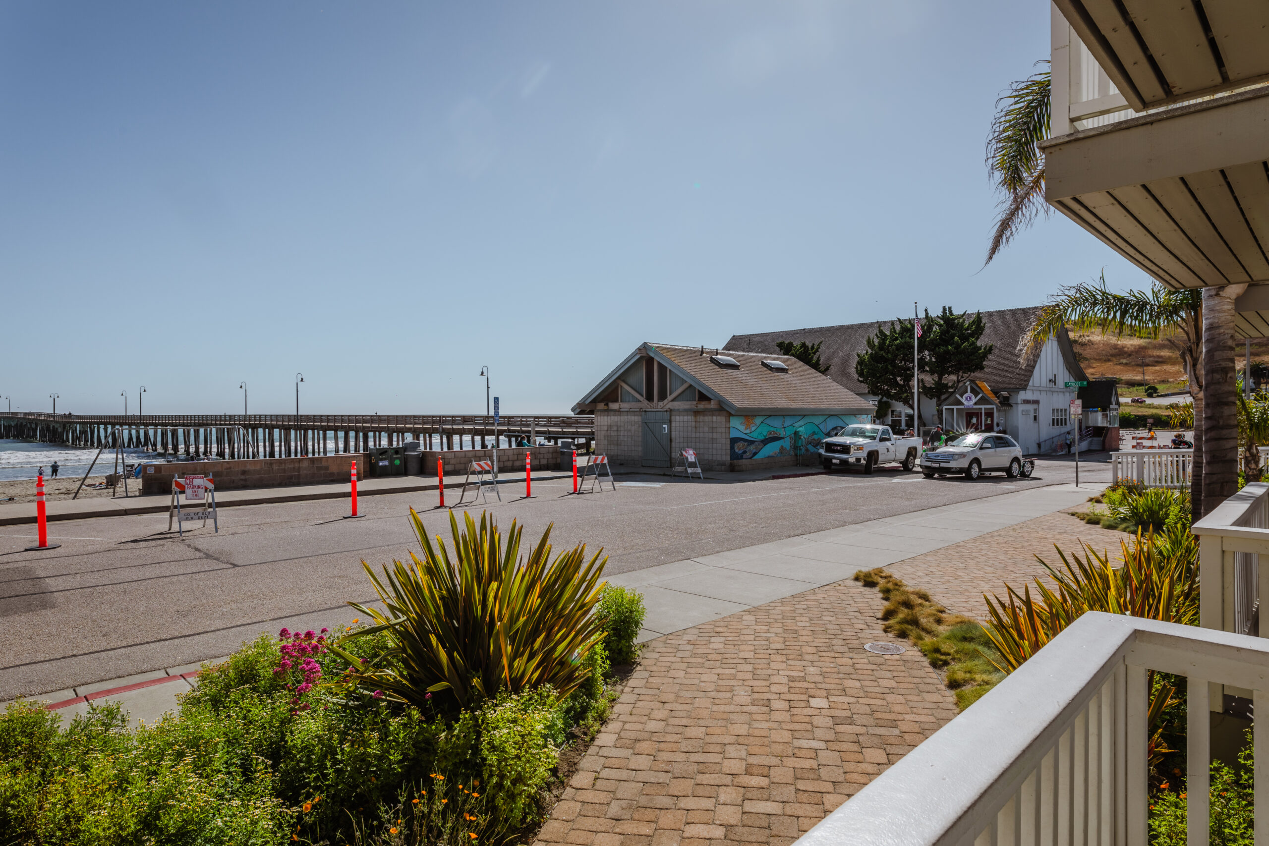 Room 1 Pier and beach view