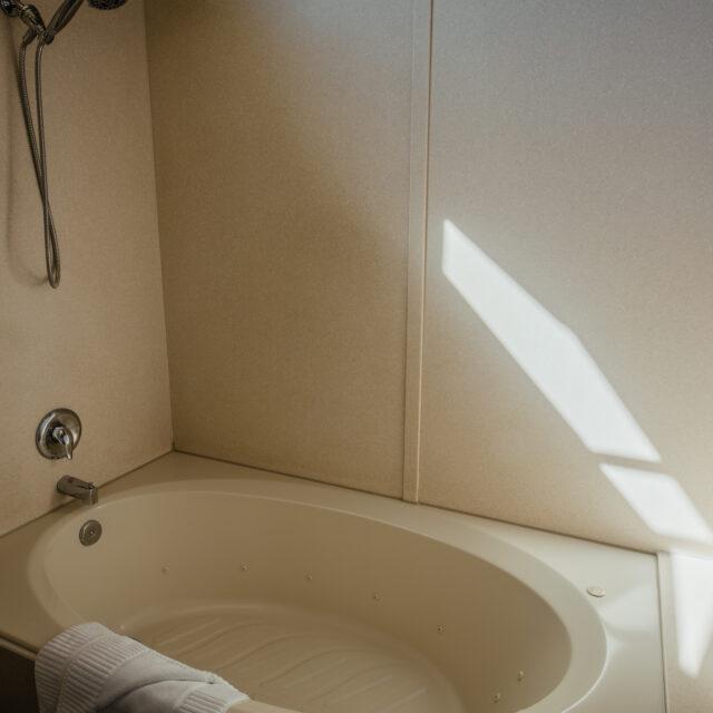 Room 204 Jacuzzi tub view 2