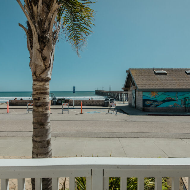 Room 4 Beach and deck view