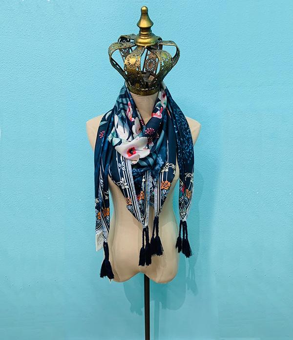 annia scarf