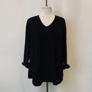 fav sweater black